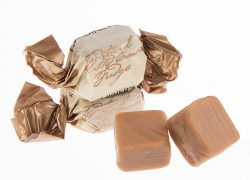 clotted cream fudge sweets